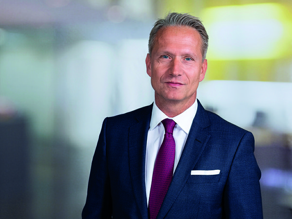 Jörg Krechky - Savills