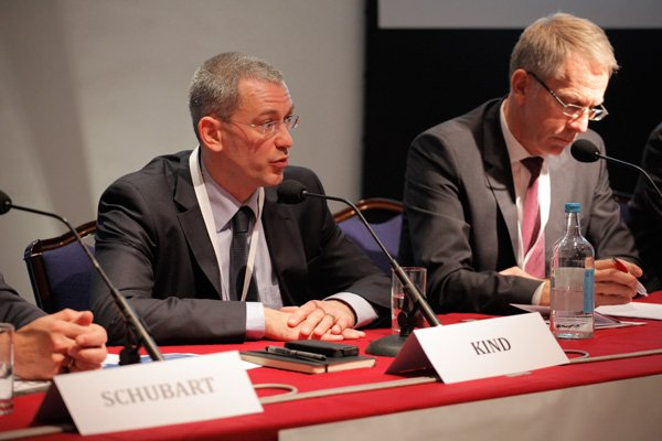 Ralf Kind and Peter Starke