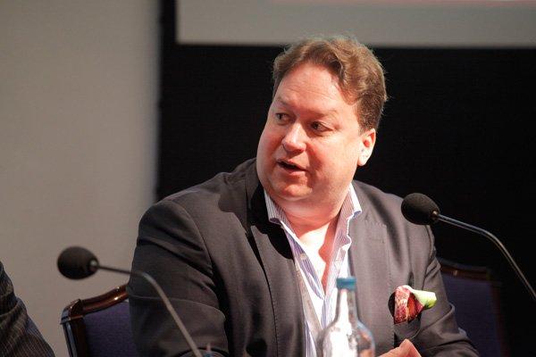 Torsten Hollstein