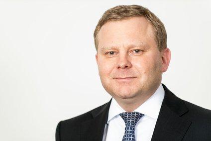 Sascha Klaus - Commerzbank